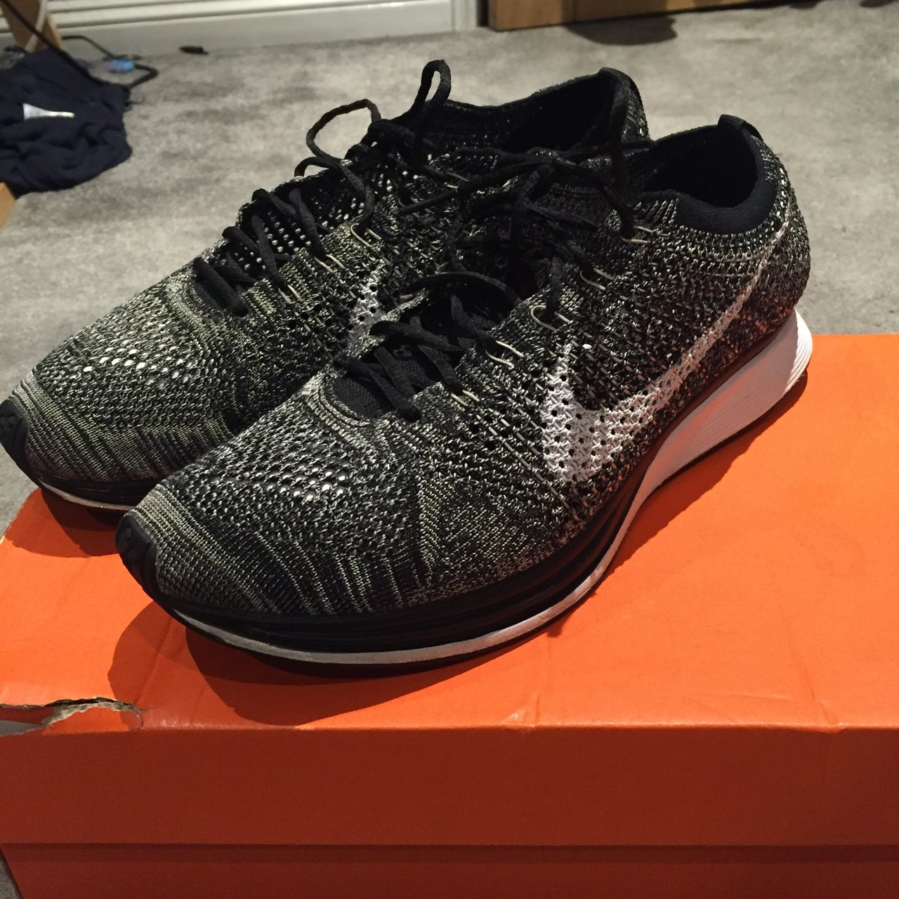 Nike Flyknit Racer Oreo 2.0. Size UK 9. In good condition 6264005034