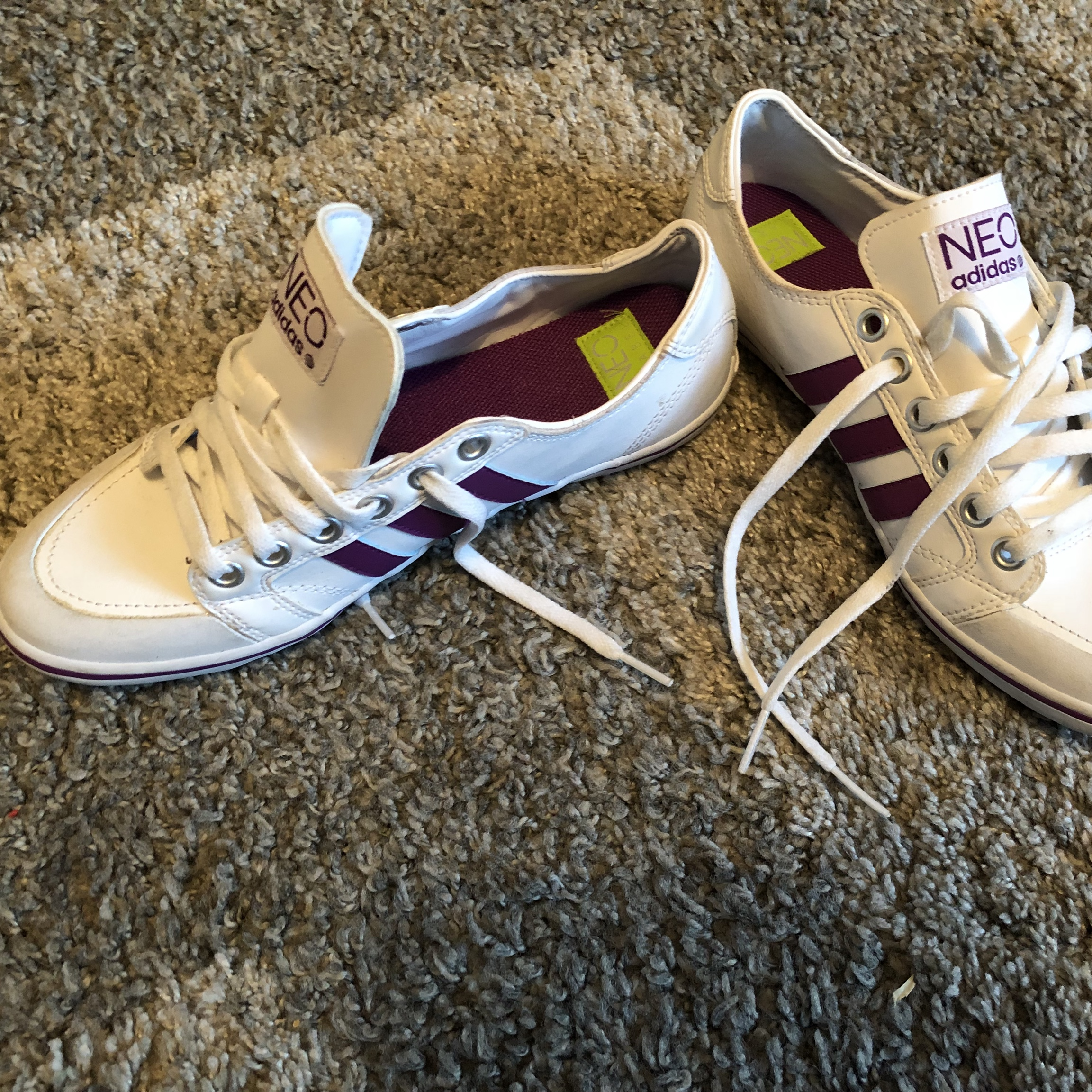 Adidas Neo trainers - size 5, White and purple, Brand...