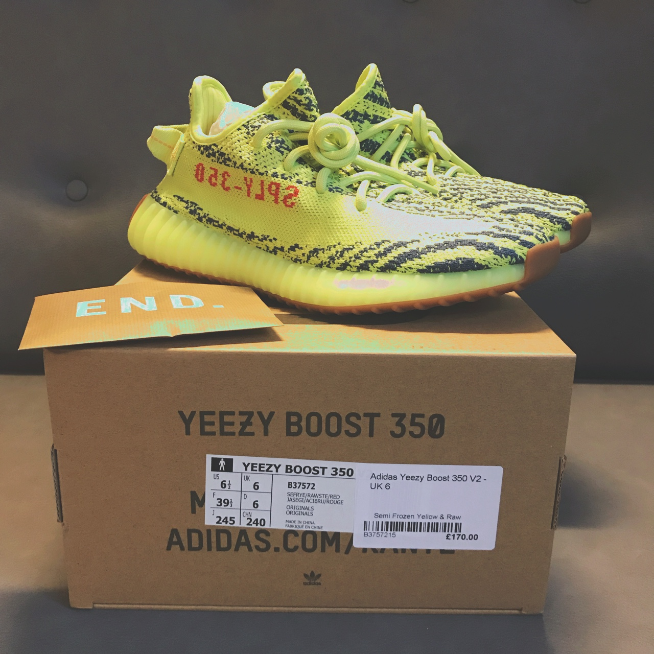 Yeezy Boost 350 V2 Semi Frozen Yellow and Raw Size