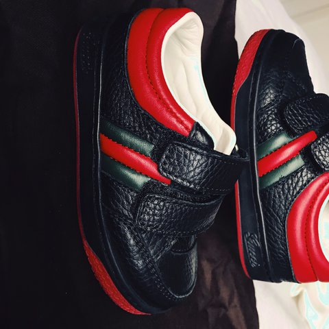 5015dc1ea27 Gucci kids black and red leather velcro trainers Brand new - Depop