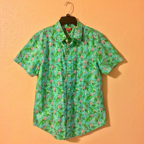 256abc6473bbe3 Button-up dress shirt from  JCPenney Size  Medium A light a - Depop
