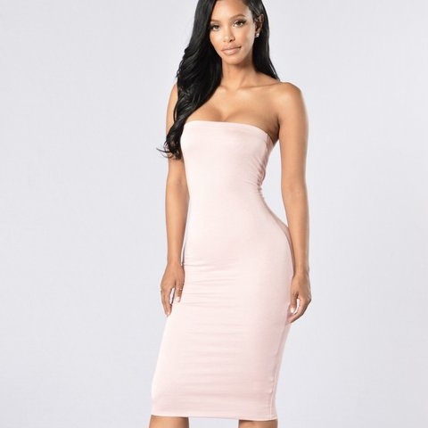a5a2d21e4879c @tamaradicaprio. 11 months ago. Dunwoody, United States. Light pink tight  dress by Fashion Nova Never worn ...