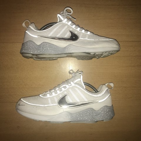 bbcea25d0af6d Nike air spiridon white wolf grey. Trainers are in great be - Depop