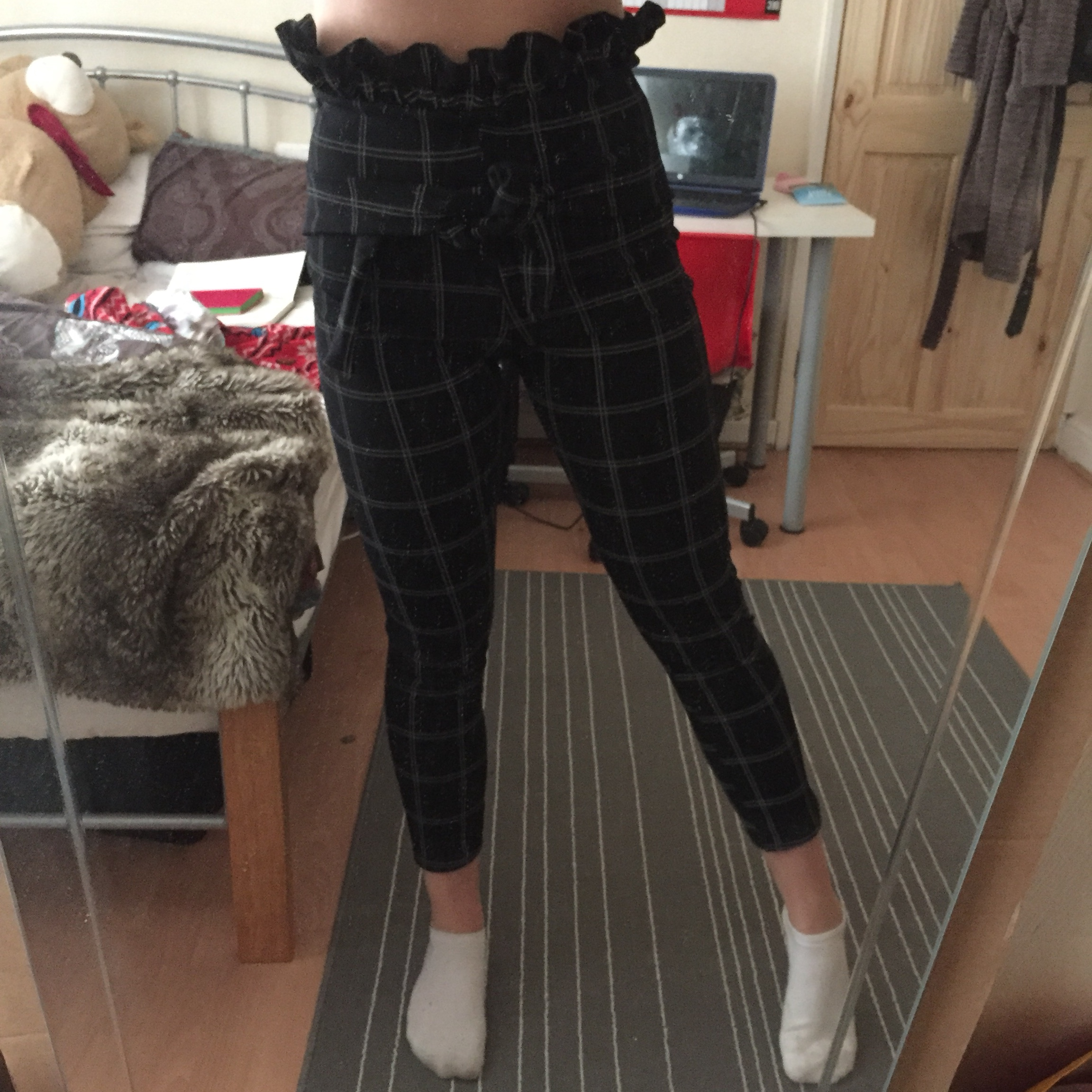 BACK IN CHECKED PAPERBAG SKINNY TROUSERS