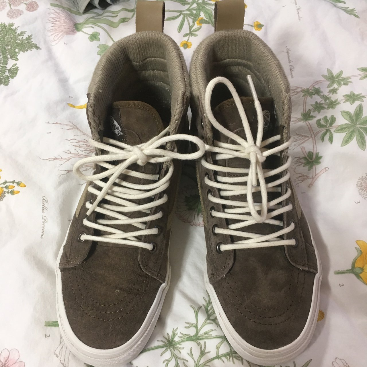 881e3ccb5cf5bd weather Sk8 hi MTE (two tone brown) Only worn once minimal - Depop