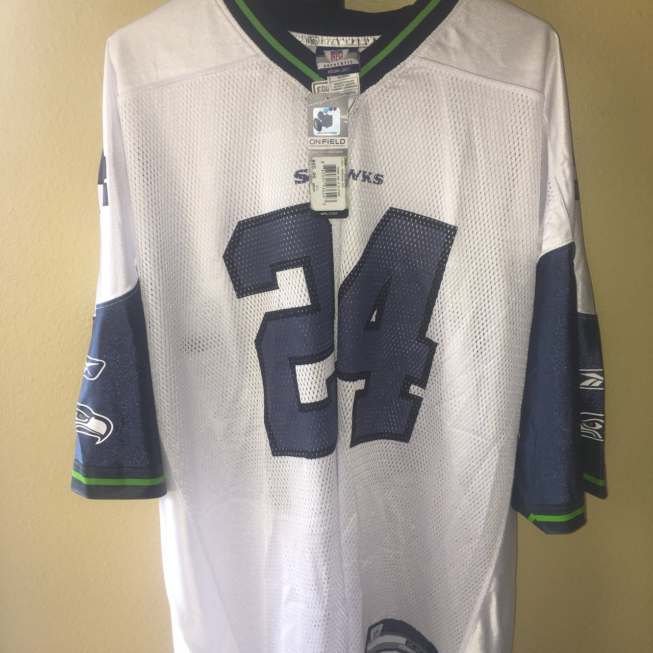 32c1b18cc65 Brand new w/ Tags Marshawn Lynch Seattle Seahawks Jersey on - Depop