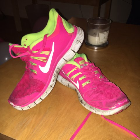 Nike free run 5.0 shoes in neon pink Bought for Depop
