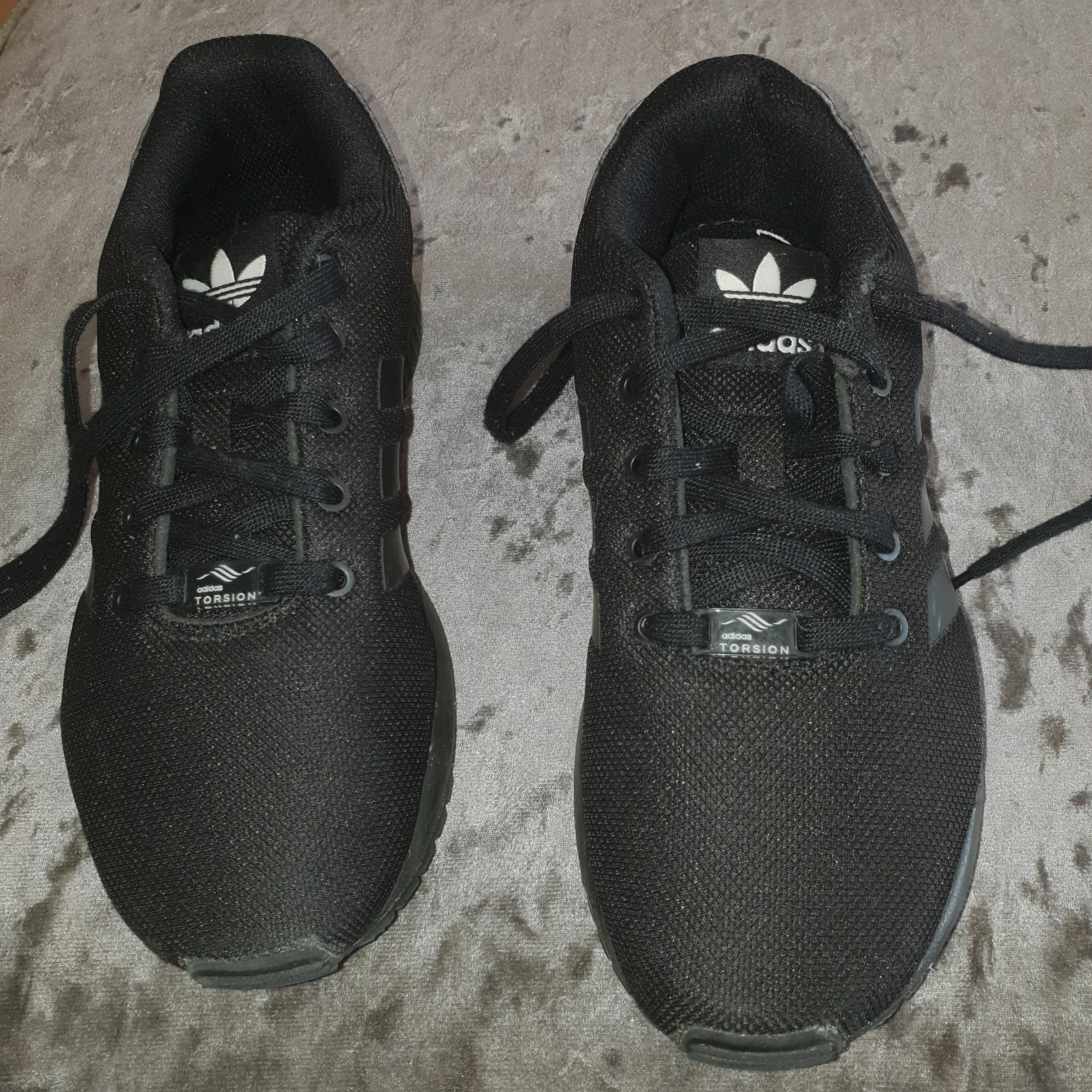 boys trainers size 2