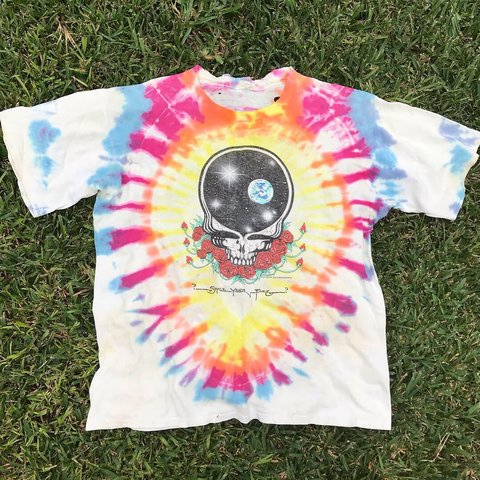 ea0165031f66 Vintage 1987 Grateful Dead T-Shirt Size  L Condition  6 10 - Depop