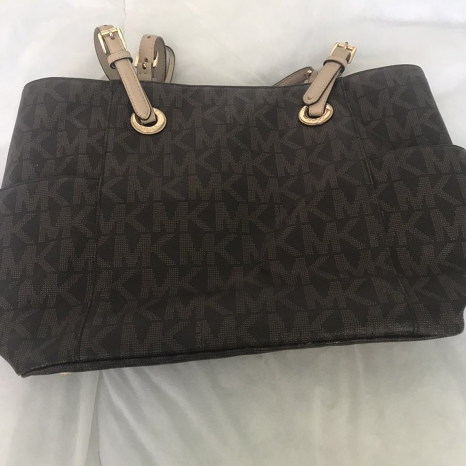 Michael Kors bag. Purchased in 2016. Not been used Depop