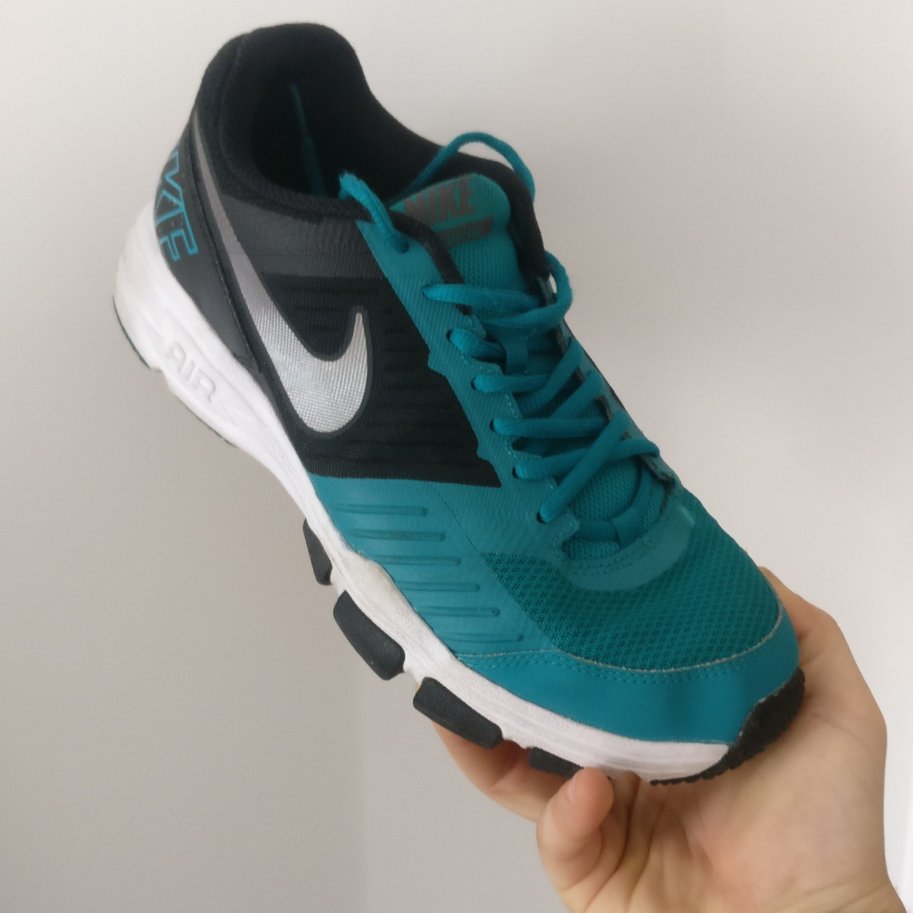 Adidas Air One TR 2 Mens trainers size