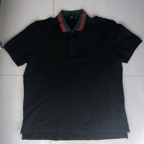 326a36bddf1 Black Gucci Polo with Green and Red design on collar (ITEM - Depop