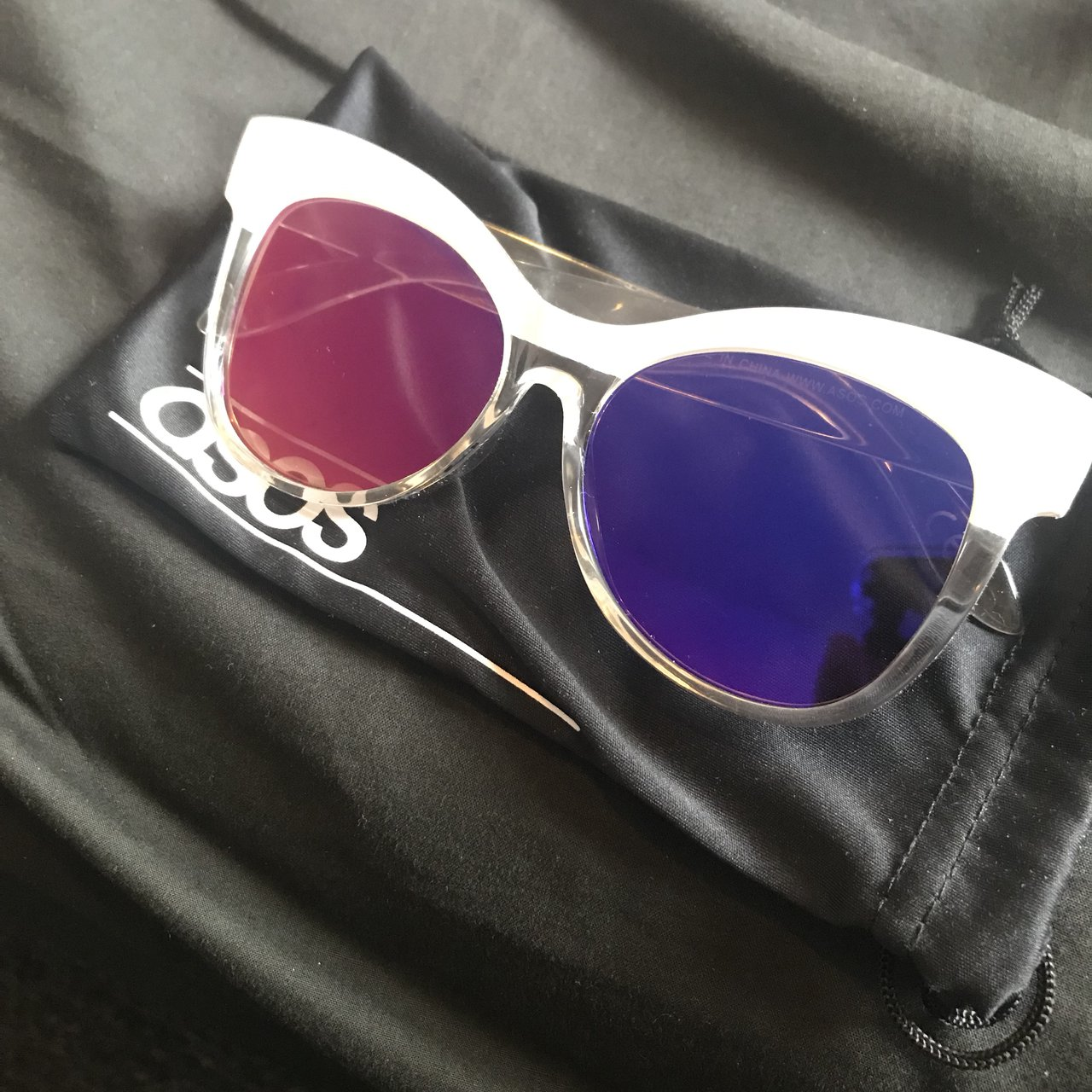 67135a717 @acoupaaar. last year. Dundee, United Kingdom. ASOS never worn purple /  pink mirror sunglasses.