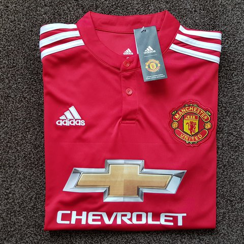 c8eb6b40504 Manchester United 2017 2018 Home Football Shirt Jersey + - - Depop