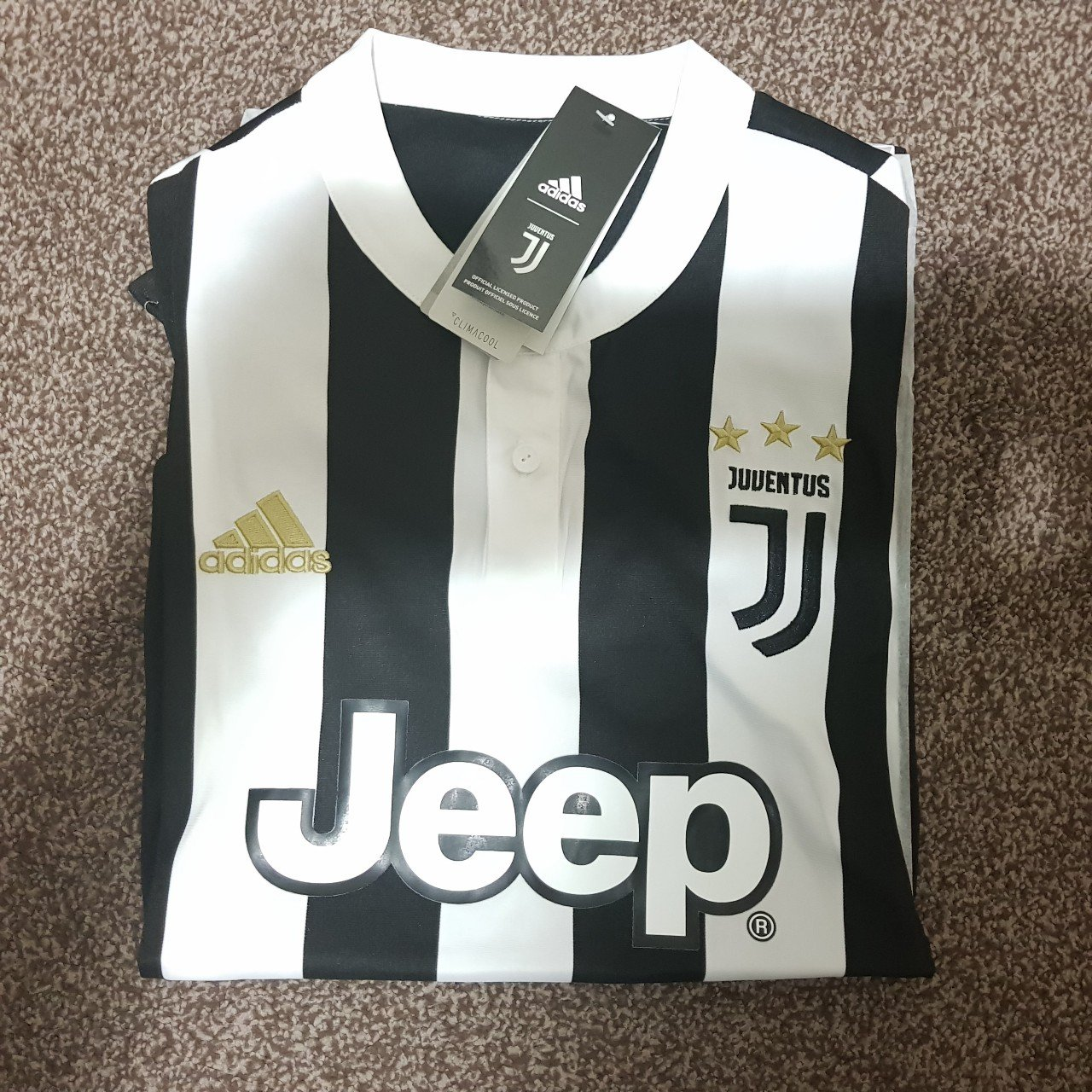 93792341b Juventus 2017 2018 Home kit  jersey + Sealed with tags - A - Depop