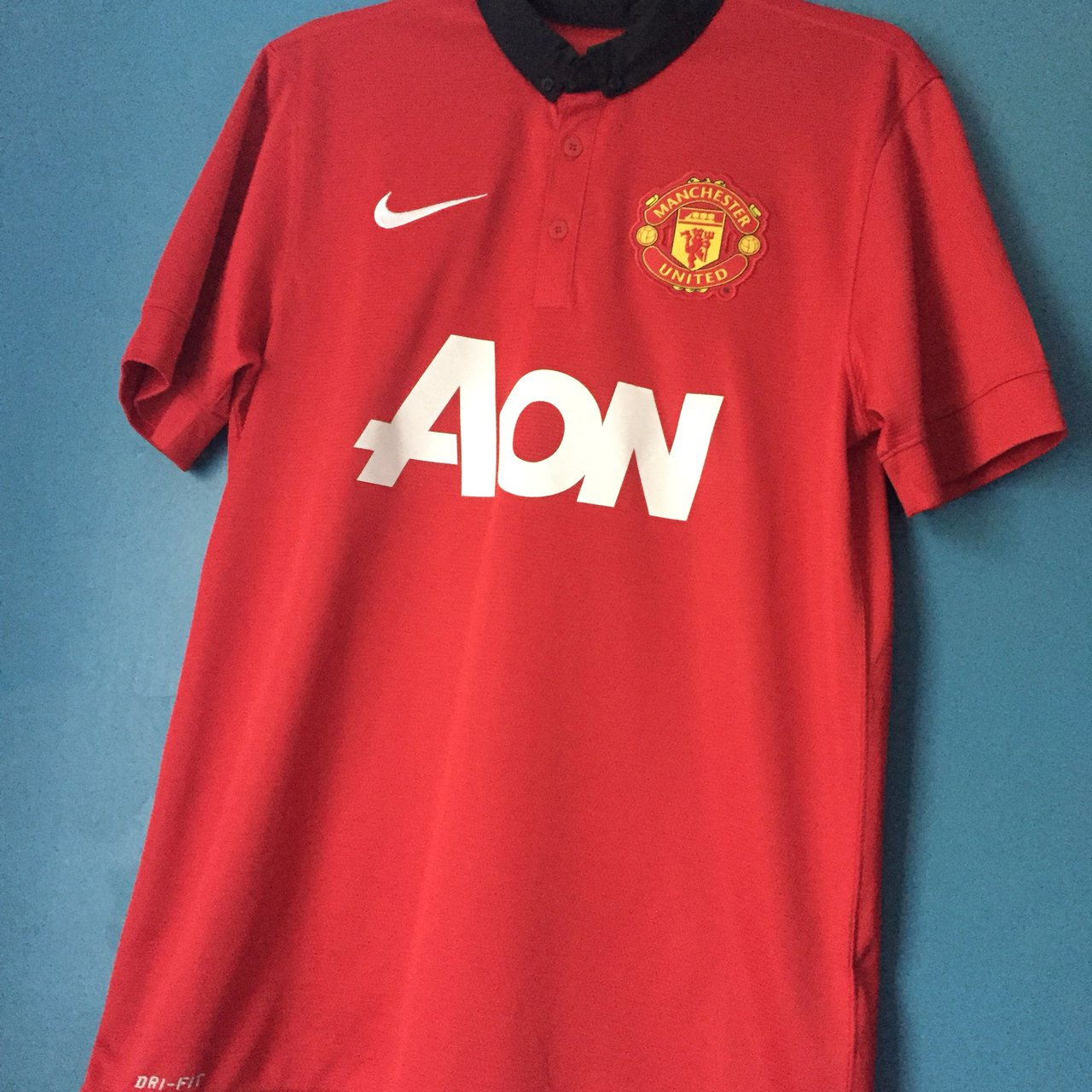 357961b4a FREE DELIVERY manchester united nike 13-14 season home name - Depop