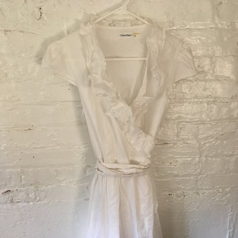 31e1c859d1b Perfectly dainty cotton Calvin Klein summer wrap dress! a 8. - Depop