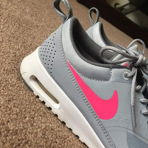 Nike Air Max Thea s - grey   pink. JUNIOR Size 5.5 8539f15c9