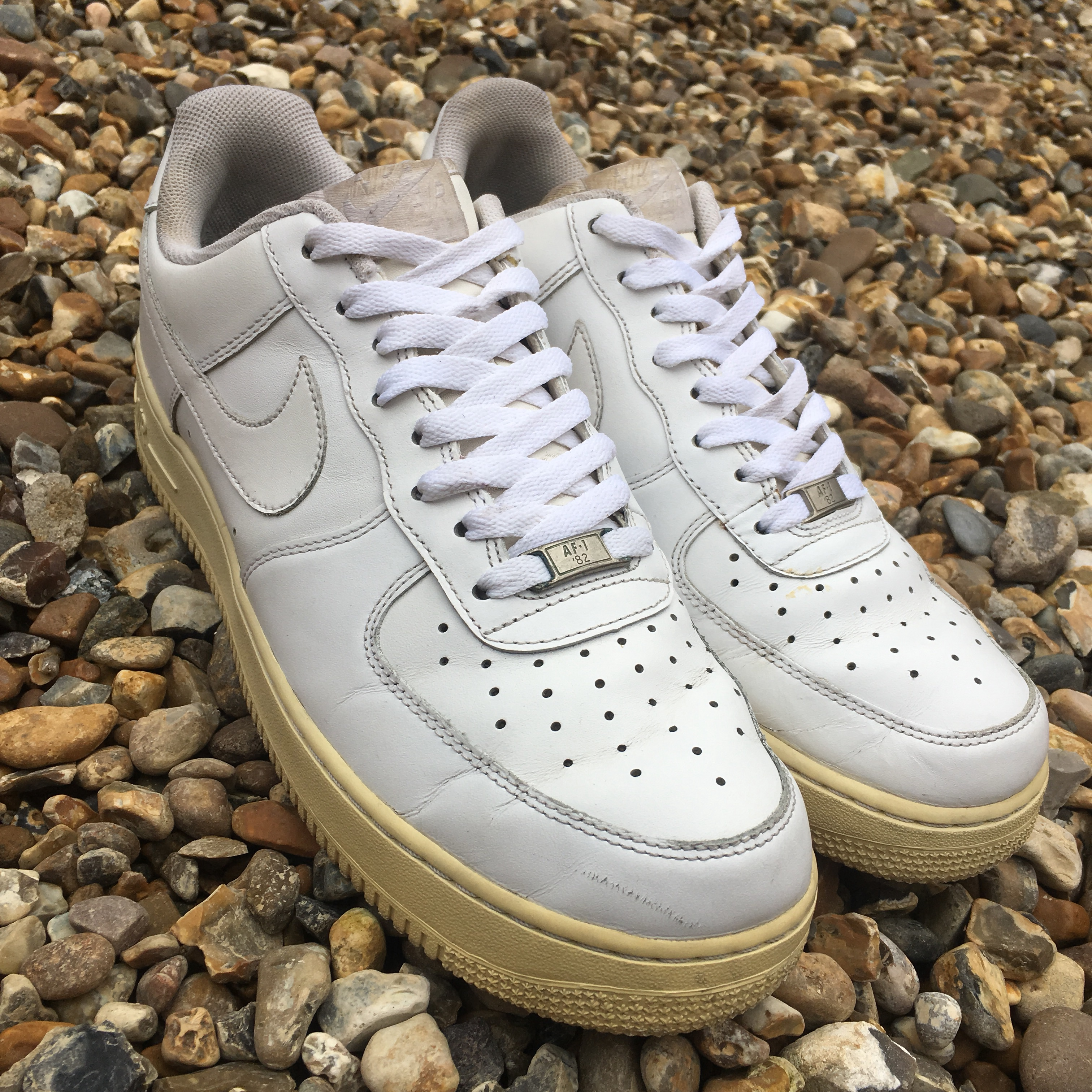 check out a6a85 95c5e Nike Air Force 1 Low White Size 10. Trainers are in... - Depop