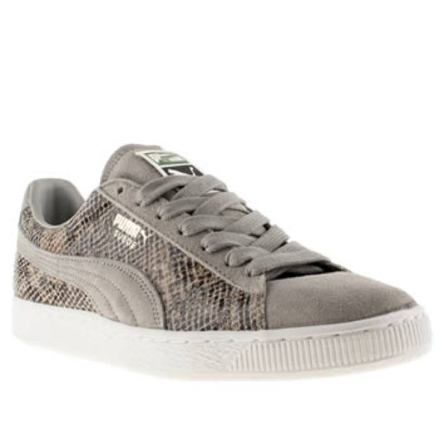 6653c05d8c9176 Box FRESH never worn before - PUMA Suede Classic Animal Skin - Depop