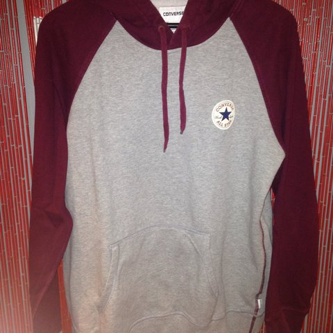 29908c0640c5 men s grey and burgundy converse hoodie perfect condition xl - Depop