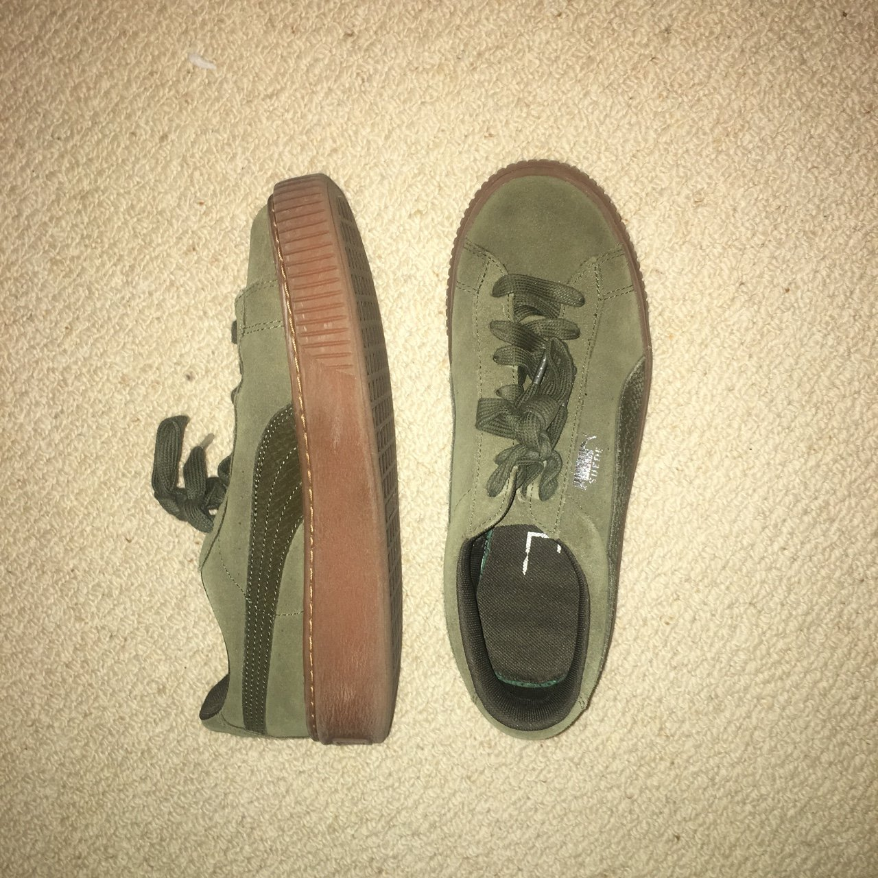 a45aaef4c8f Selling these beaut khaki suede pumas xx mint condition just - Depop