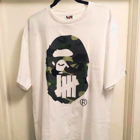 398b1d9f657 Bape X Undefeated White Large Camo Ape Head with Undefeated - Depop