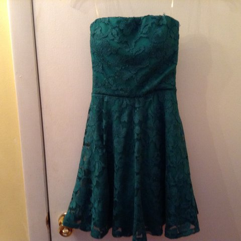 42a395bf4098cf @queenvsf11. 2 years ago. Coventry, United States. Beautiful emerald dress.  Brand: lily Rose