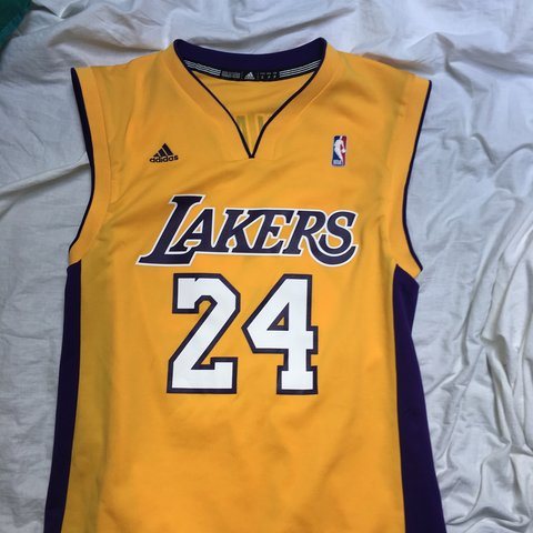 818776206010 Adidas lakers jersey Number 24 Kobe Bryant aka black small - Depop