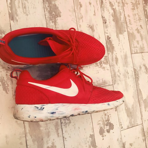 6d43335eb0a Red Marble Nike Roshe Run Trainers