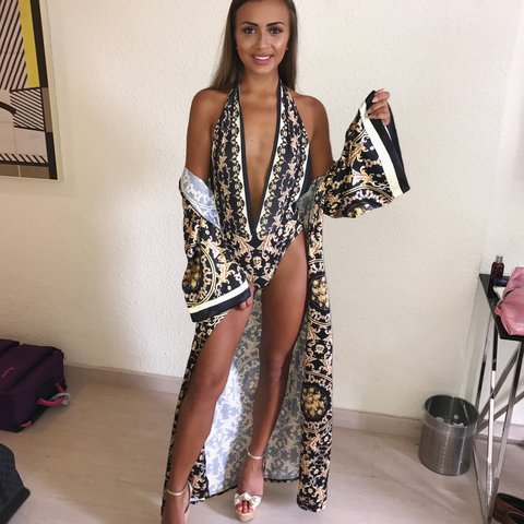 760737efd21f4 Selling my amazing swimsuit with matching kaftan set. A size - Depop