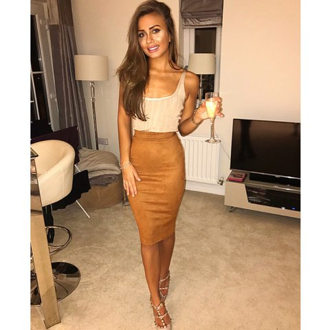 6343483fed @amysmith1213. 2 years ago. Bracknell, United Kingdom. Selling my amazing  tan suede pencil skirt. Zip down ...