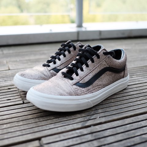 1d47a5eaaa   PRICE DROP  WAS £25 NOW £20!!!   STAND OUT with the Vans - Depop