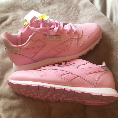 3e0fcafabf2 Brand new baby pink Reebok classics with holographic Size 4 - Depop