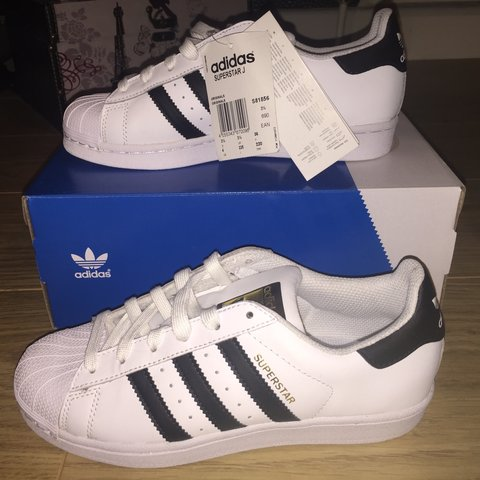 1e1bfeef990c ADIDAS SUPERSTARS BLACK   WHITE   UK SIZE 3.5   BRAND NEW   - Depop