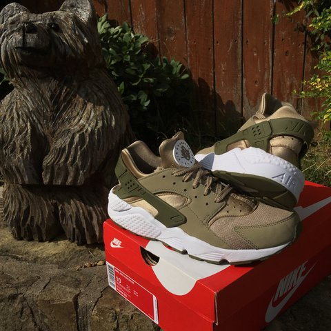 fab9288aff79 Nike Air Huarache Army Green! Dope colorway on these! Mad - Depop