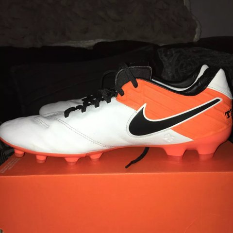 843df459c Brand New Nike tiempo legacy 2 fg Real leather not cheap - Depop