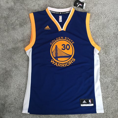 d7fec275482 Brand new with tags basketball jersey (top