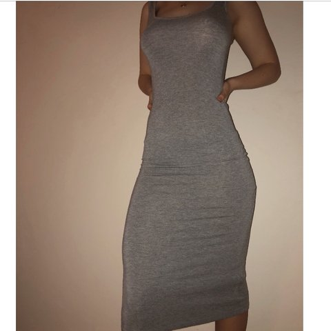 4df3b10591c7 @171718. 4 months ago. Peachtree City, United States. Forever 21 midi grey  bodycon dress/ size small.