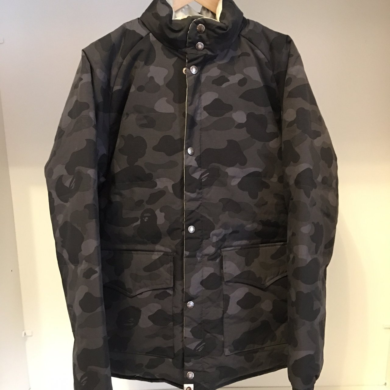 e51ccb2f852 STEAL DEAL PUFFER BAPE SIZE M REVERSIBLE VERY