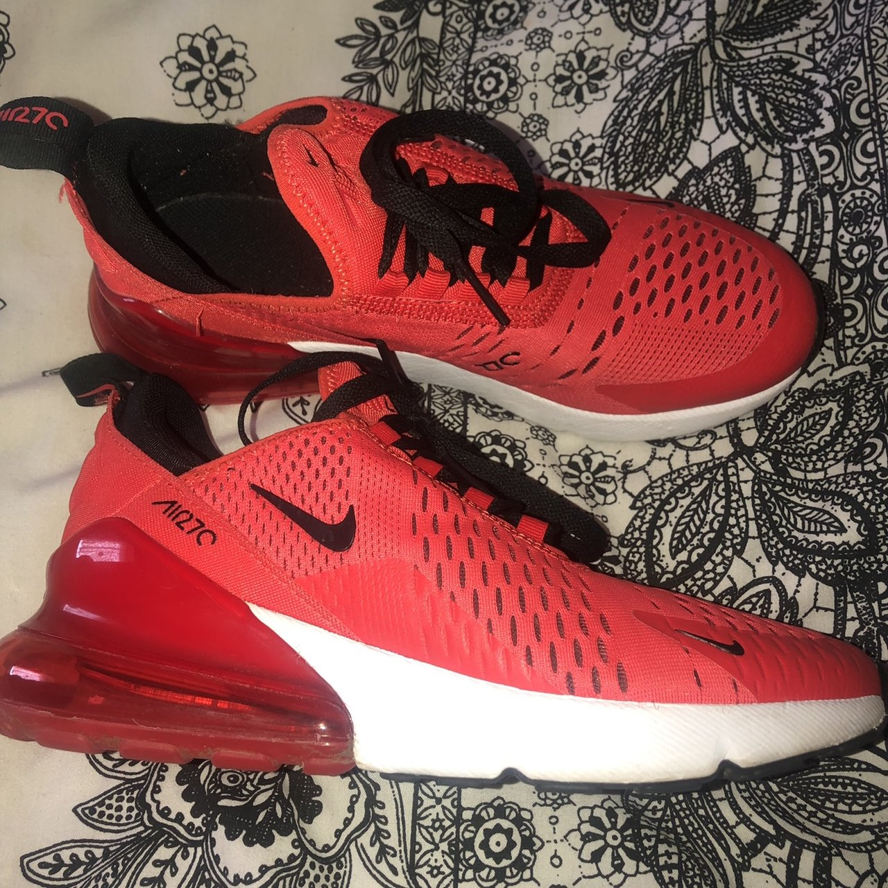 Nike Air Max 270s in Red Only worn a