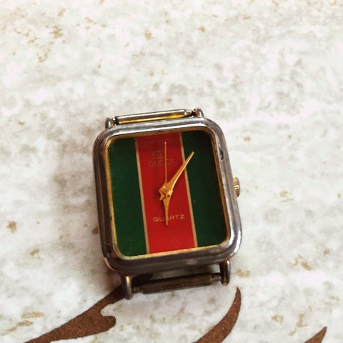 6bbace8acbb First item for sale!!!!! Amazing vintage Gucci watch