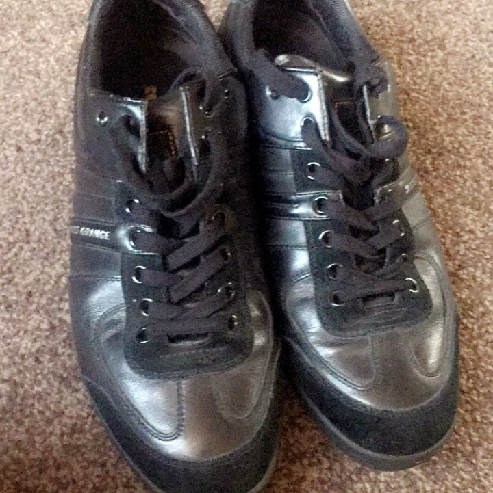 Hugo boss men's shoes size 8 only worn