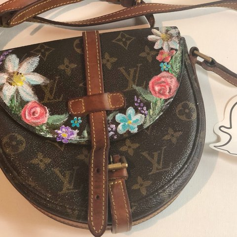 adfd12e4525  allysorge. 6 months ago. Branchburg, United States. Authentic Vintage Louis  Vuitton saddle bag!