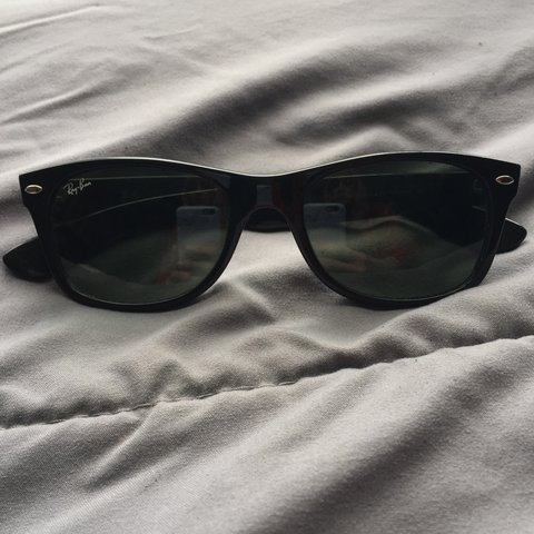 2ad40d345d Ray Ban black wayfarer sunglasses. Good condition