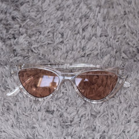 4ac36301fb urban outfitters cry baby cat eye sunglasses! sooooo and in - Depop