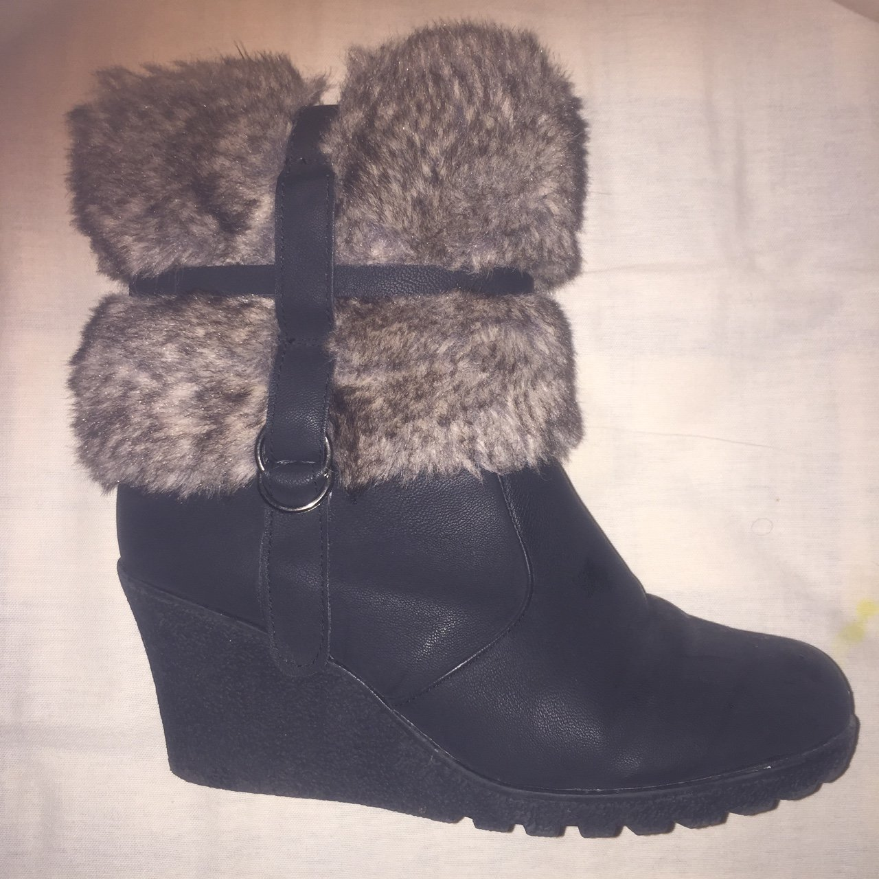 8dae4e6ed866 Black wedge heel boots with fur in size 5. Have been worn a - Depop