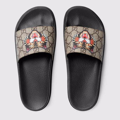 f4c95fbb0b44 Gucci Flip Flops Open for a trade Comes with a box - Depop