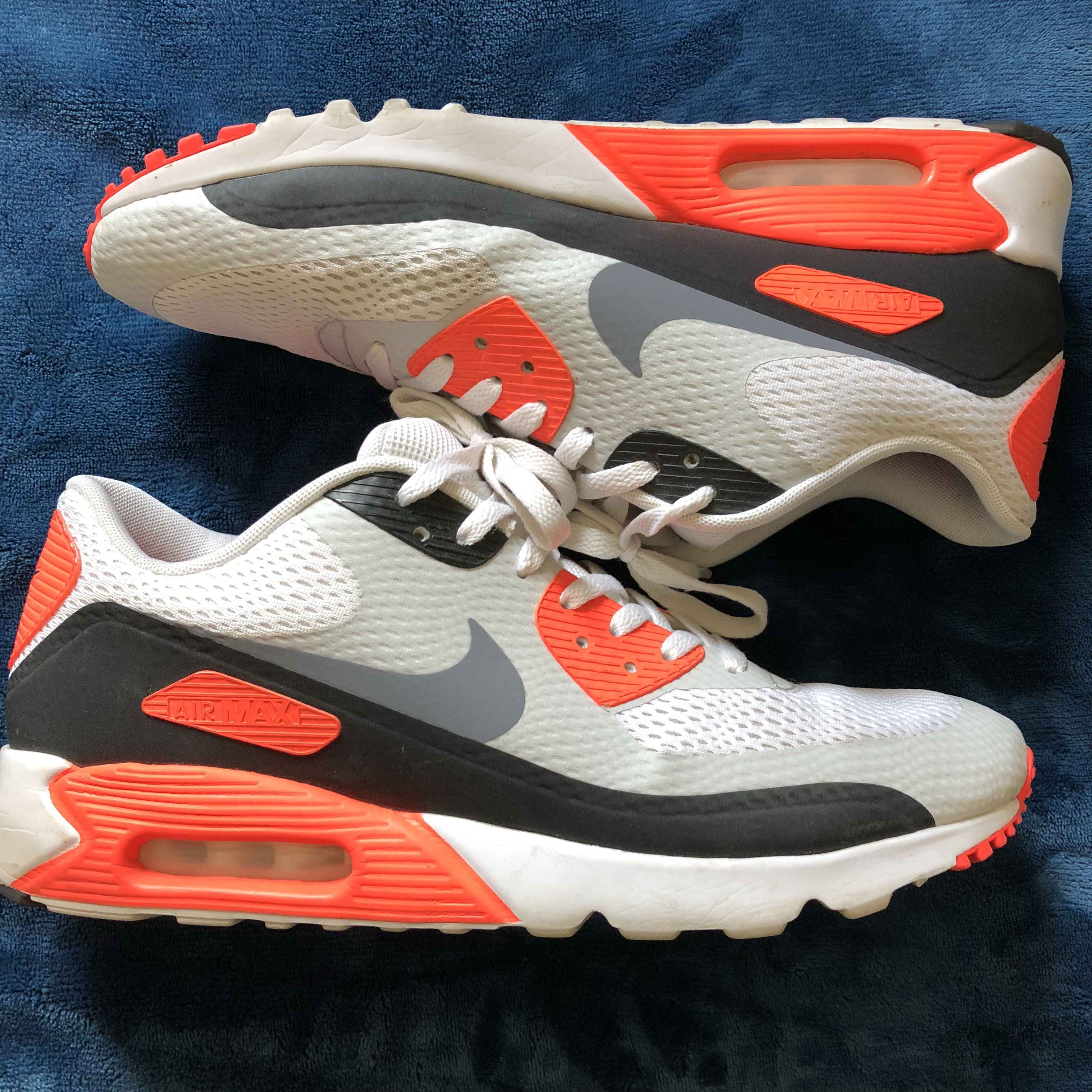 big sale 45387 229a9 Nike Air Max 90 infrared essential Size... - Depop