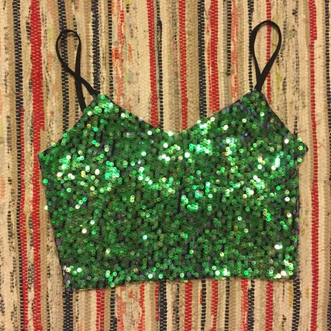 59d4dd45b7595 Urban Outfitters sparkle   fade sequin crop top with black - Depop